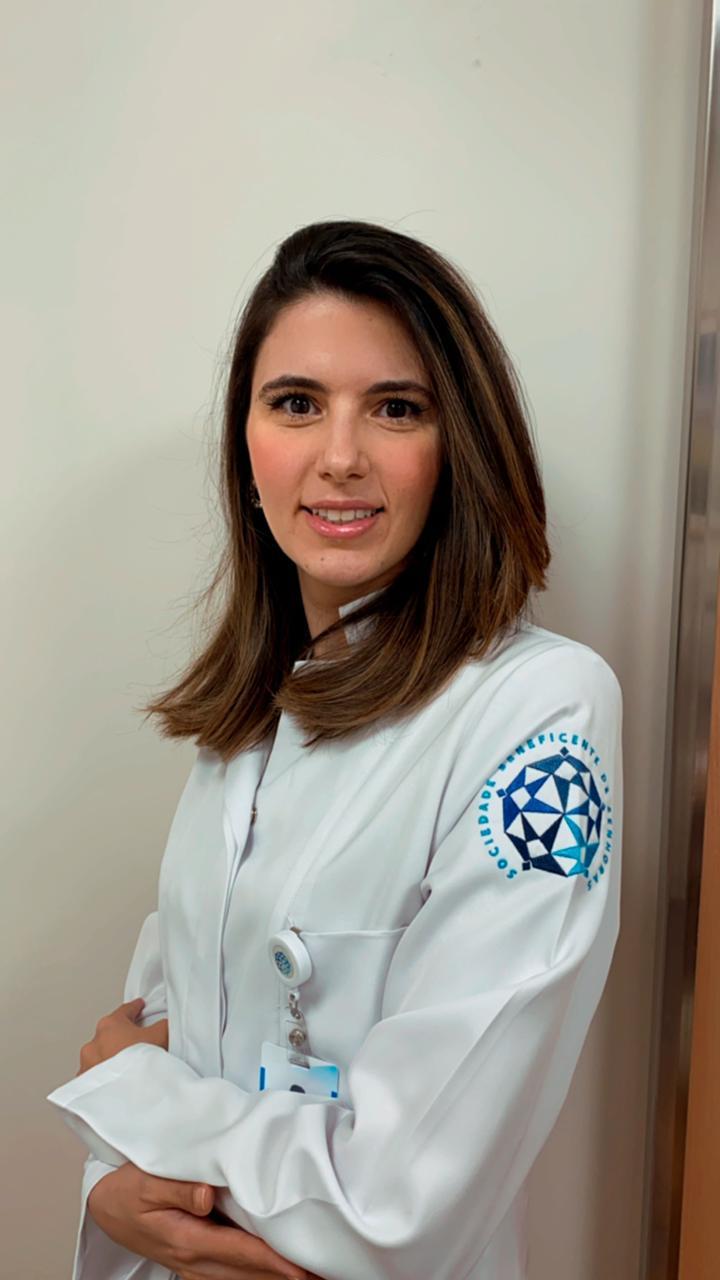 Dra. Giovana M. Daher Fagotti (CRM/DF: 26621)