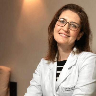 Dra. Denise Bastos Lage Ferreira (CRM: 14185)